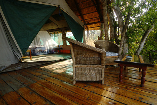 Bua River Lodge: Island room deck