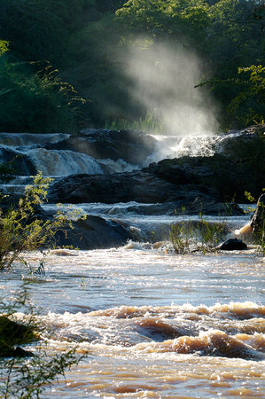Bua River Lodge: Chisaka Falls