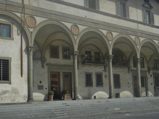 Hotel Loggiato dei Serviti:                   Front entrance to the hotel