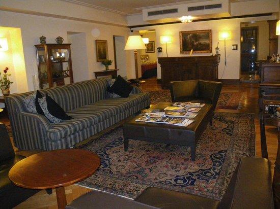 Relais 6:                   Lobby/Lounge