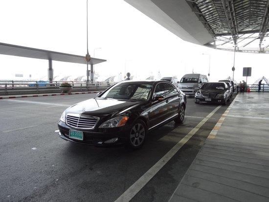 Le Méridien Bangkok: メルセデスベンツの送迎でした