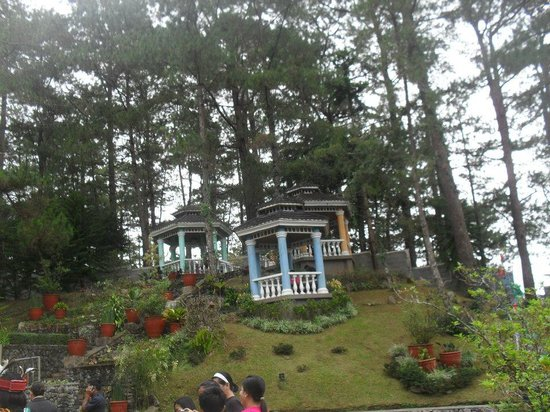 Hotel Elizabeth Baguio:                   gazeebo, gazeebo and gazeebo