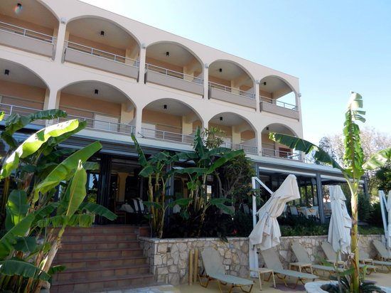 Paradise Lost Hotel-Apartments:                   Отель