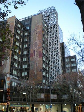 NH Collection Barcelona Gran Hotel Calderon : Esterno struttura hotel