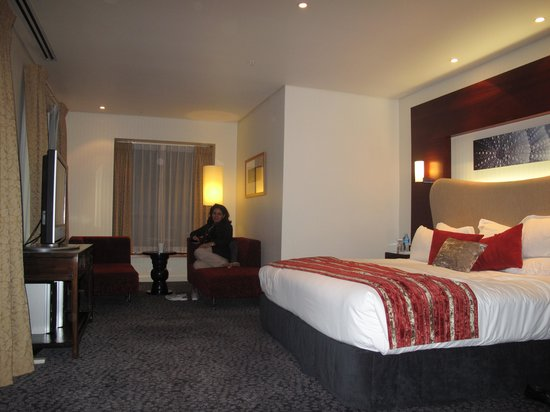 Crowne Plaza Auckland:                   deluxe room