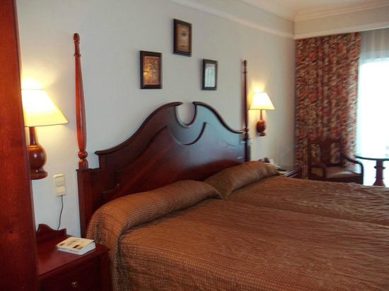 Hotel Riu Montego Bay : Lit