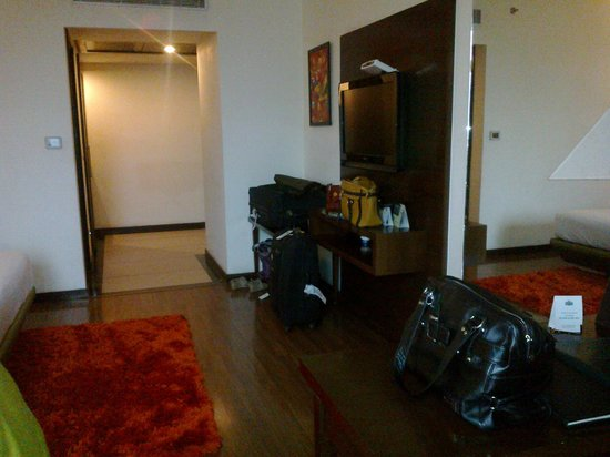 Country Inn & Suites By Carlson-Amritsar, Queens Road: Room