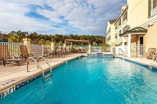 Country Inn & Suites By Carlson, Hinesville: Pool