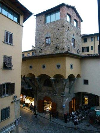 Pitti Palace al Ponte Vecchio: Vue de la chambre 210