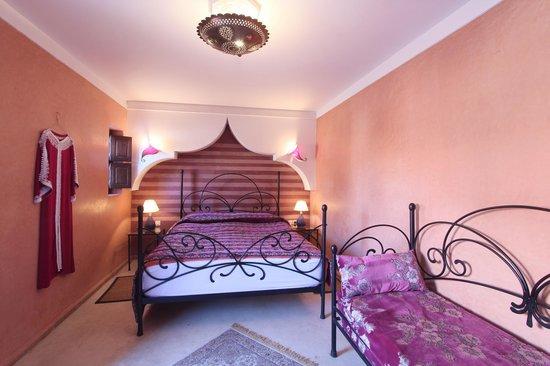 Riad l'Oiseau du Paradis: Chambre Violette
