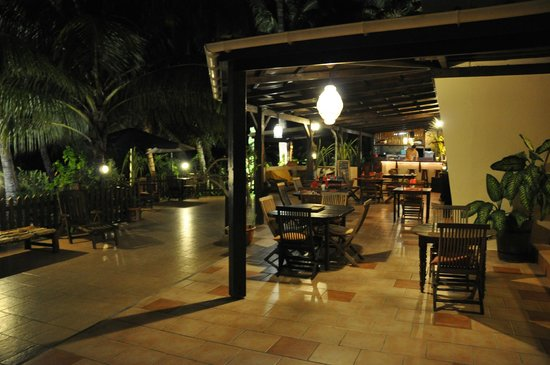 Le M Hotel Marie Galante: hotel et restaurant la souricière