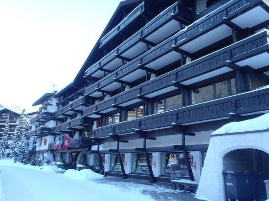 Hotel Alpenhof: Hovedinngang