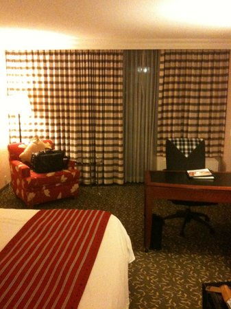 Atlanta Marriott Northwest at Galleria:                   Count the different patterns... wow!