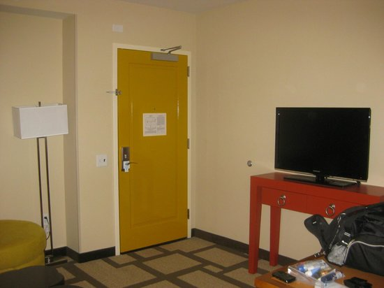 Embassy Suites by Hilton Houston Downtown : room 1812
