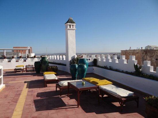 Les Terrasses d'Essaouira : la terrasse et la belle vue du riad