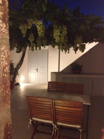 Cori Rigas Suites:                   Courtyard at night