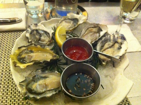 Dive Bar Restaurant :                   Oysters