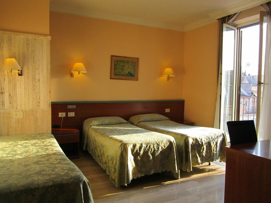 Soggiorno con groupon - Recensioni su Hotel Center 1, Roma ...