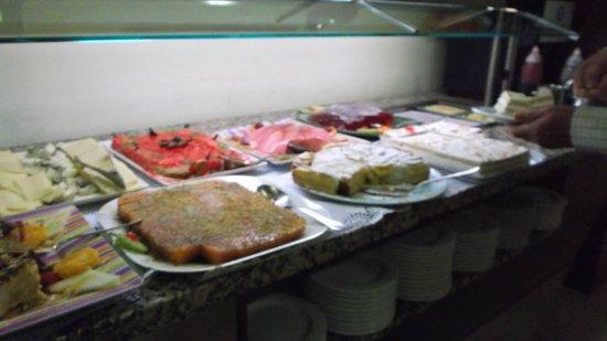 Hotel Roc Lago Rojo: Dessertbuffet