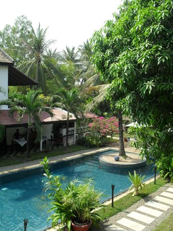 La Maison d'Angkor: AL AIRE