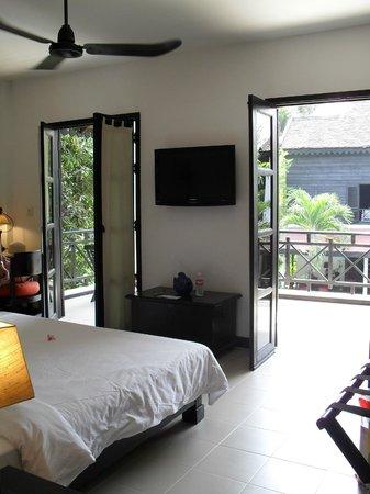La Maison d'Angkor: Amplia