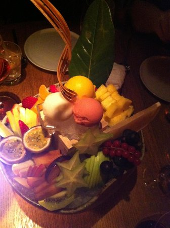 """ZUMA restaurant: """"Exotic"""" Fruit Plate"""" in a Bowl of Lots of Ice"""