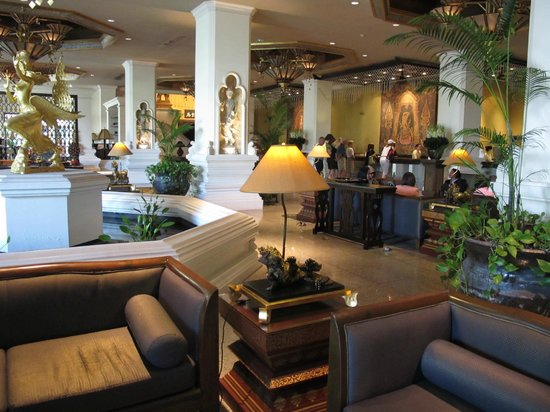 Chiang Mai Plaza Hotel:                   The lobby looks grand but dim.