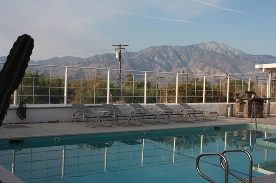 Sagewater Spa: Peaceful view on the mountains.
