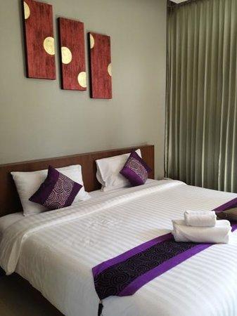 Phu NaNa Boutique Hotel: le lit king size