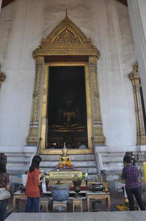 วัดสุทัศนเทพวรารามราชวรมหาวิหาร: Wat Suthat