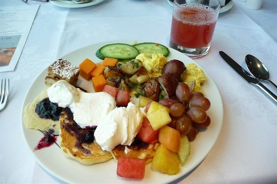 Sparkling Hill Resort:                   Great selection at the Buffet Breakfast!