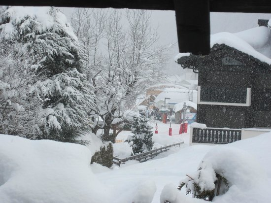 Chalet Perdu:                   View from window in Le Mazot