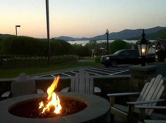 Holiday Inn Resort Lake George:                   View of Lk. George from the patio