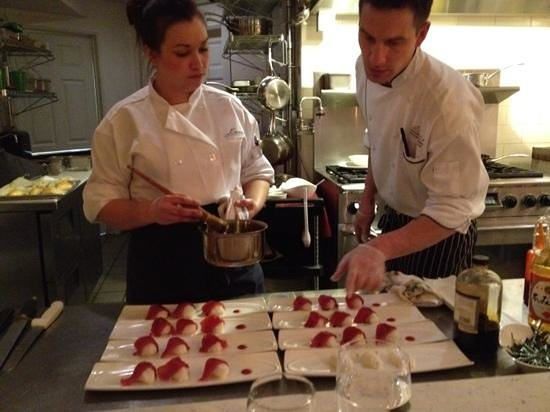 Amuse :                   Chef Alex and Chef Katie preparing sushi for course 3 of the Chef's table dinn