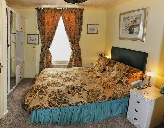 Valley House Bed & Breakfast: ROOM 1 - DOUBLE EN-SUITE ROOM