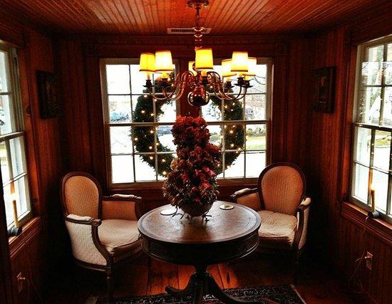1708 House: A cozy Christmas nook