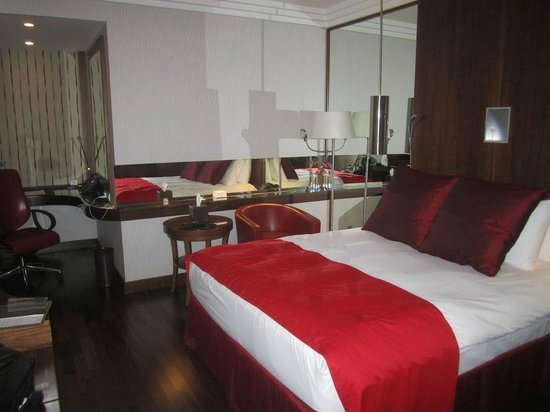Crowne Plaza Riyadh Minhal: Bedroom