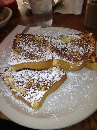 Beverly's La Croisette: Texas toast French toast