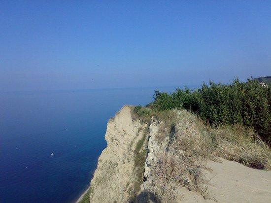 Parco Naturale Monte San Bartolo: blu e verde