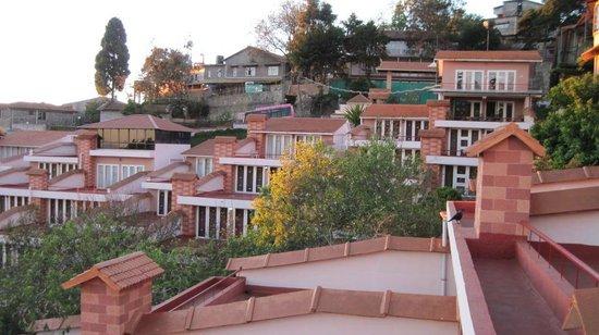Kodai Resort : Sunrise from balcony