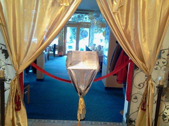 Erlebnishotel Etoile: Entrée du restaurant, 31 décembre 2012