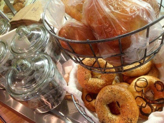 Starlings Coffee And Provisions: Fresh organic bagels and pepeproni rolls (vegetarian ones too)!