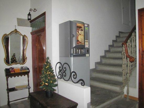 Affittacamere Boccaccio: Entrance lobby
