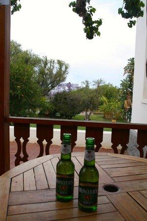 Warmwaterberg Spa: Terrasse vor unserem Zimmer