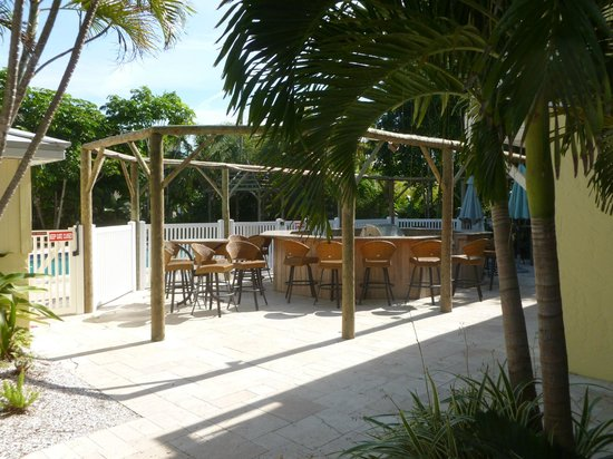 Anna Maria Island Beach Resort:                   grill area by pool