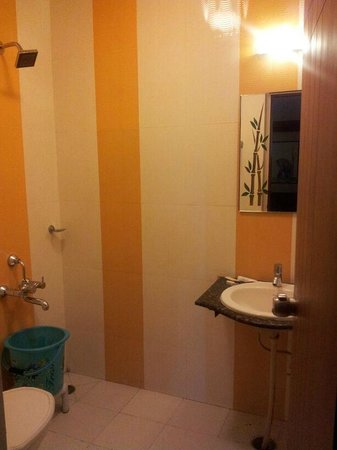Sheetal Residency: Bathroom