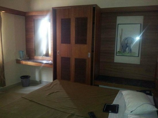 Sheetal Residency: Single room deluxe