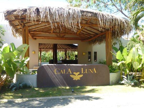 Cala Luna Luxury Boutique Hotel & Villas: Eingangsbereich des Hotels