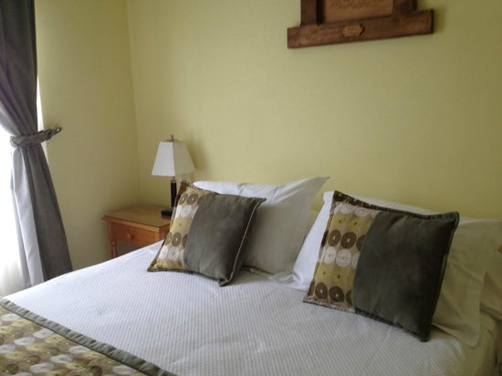 Hotel Carpa Manzano: Letto comodo