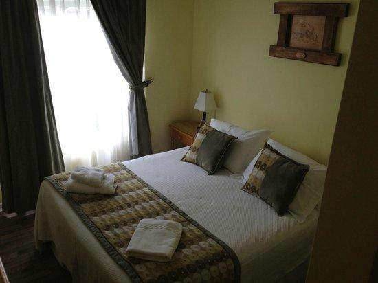 Hotel Carpa Manzano: Letto